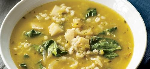 Une délicieuse soupe aux pois cassés