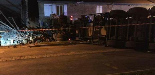 Accident à Cliron : la route bloquée jusqu'à 18h
