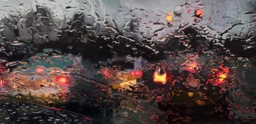 Tempête Eleanor : chutes d'arbres et inondations bloquent certains...