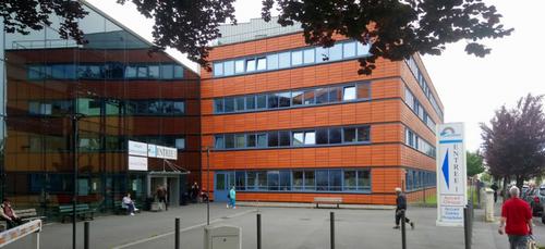 Charleville : la Ville fait don de matériel à l'hôpital de Manchester