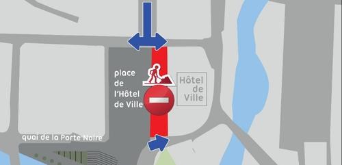 Les travaux reprennent autour de l'hôtel de ville de Mézières