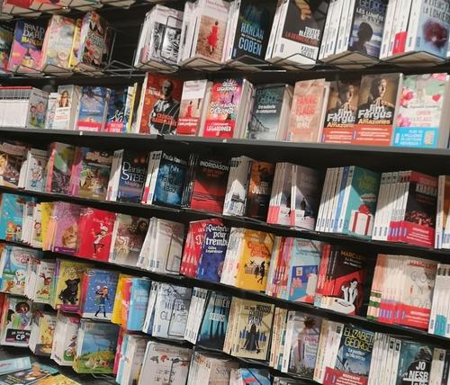 """Confinement : les produits """"non-essentiels"""" bientôt interdits à la..."""