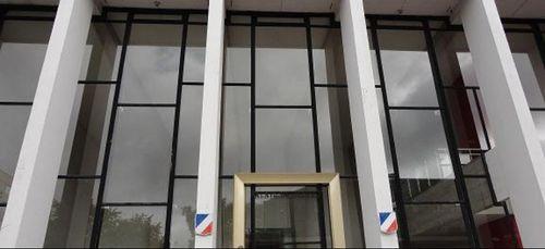Les avocats du barreau des Ardennes poursuivent leur activité...
