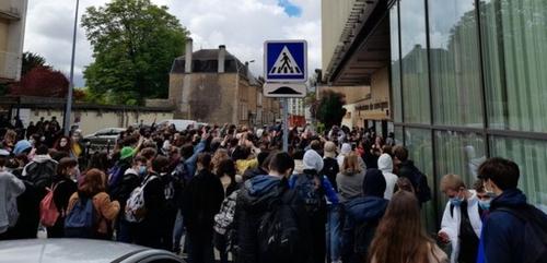 Mobilisation des lycéens hier à Charleville