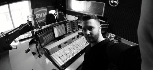 100 ans de radio : Matt vous raconte une anecdote sur RVM