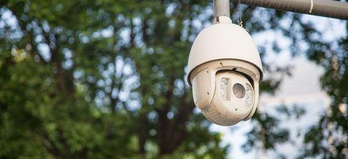 2 caméras de vidéo-protection détruite à les Hautes-Rivières