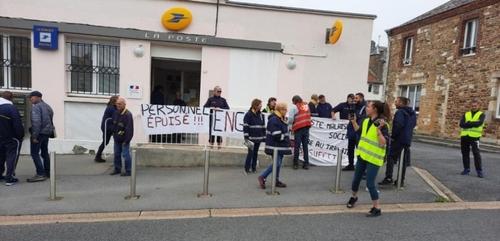 La poste de Maubert-Fontaine en grève