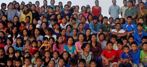 """Ziona Chana, à la tête de """"plus grande famille du monde"""", est mort"""