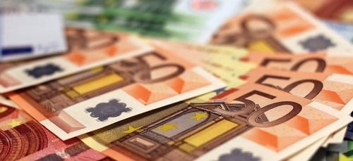 Un homme trouve 85 000 euros dans les encombrants à Bordeaux