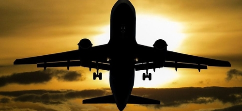 Un pilote d'avion lâche plusieurs millions d'euros de cocaïne sur...