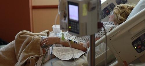 Covid-19 : 13 patients de la région PACA transférés dans des...