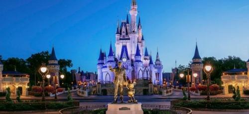 Un homme interpellé pour s'être confiné sur une île de Disney World !