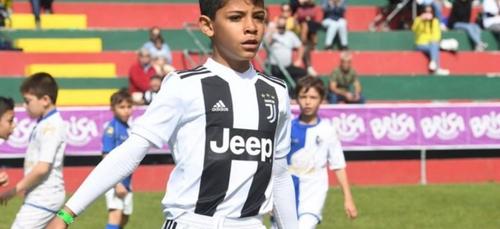 Cristiano Ronaldo : la police ouvre une enquête sur son fils !