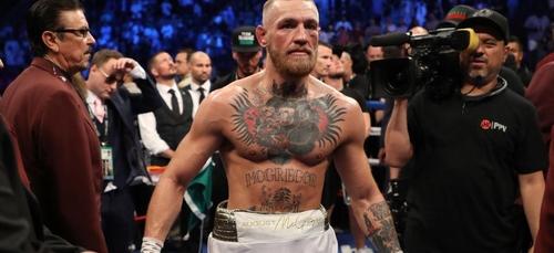 Mayweather clash McGregor, un escroc selon lui