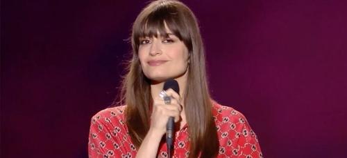 """Clara Luciani séduit les fans avec sa reprise de """"J'attends..."""