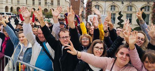 Tour Vibration à Orléans : les fans sont déjà là ! (Vidéo)