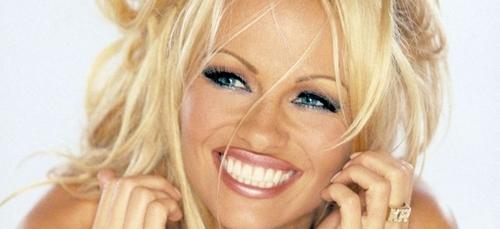 Pamela Anderson méconnaissable à Cannes !