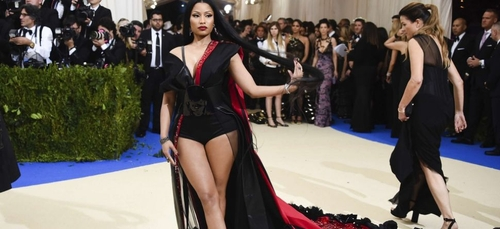 Nicki Minaj: sexy mais en playback !
