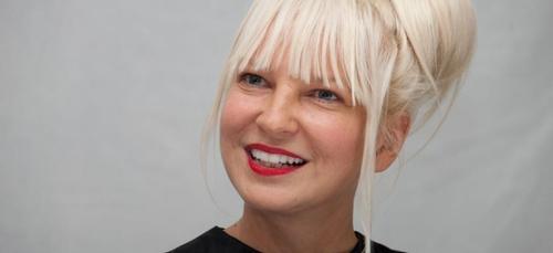 """Sia dévoile son clip bouleversant """"Free Me"""" !"""