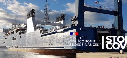 Un navire-usine à la rescousse des producteurs de gel hydroalcoolique