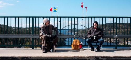 Séparés par le Covid, deux jumeaux vivant en Suède et en Norvège se...