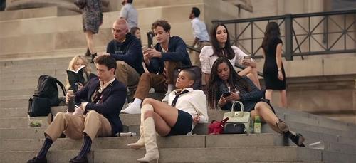 Gossip Girl : le reboot de la série se dévoile dans une nouvelle...