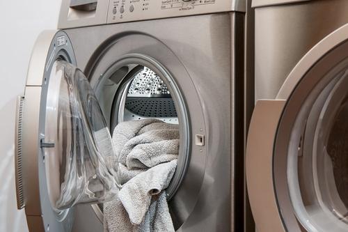 Le partage des tâches ménagères augmenterait les risques de divorce !